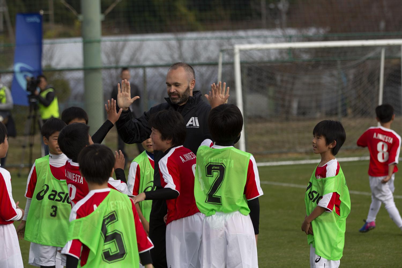 Andrés Iniesta lance son académie au Japon