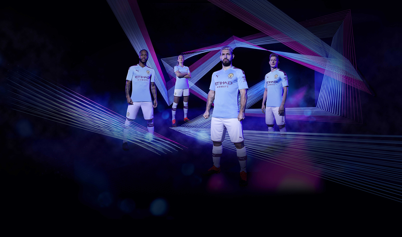 Puma dévoile les nouveaux maillots de Manchester City